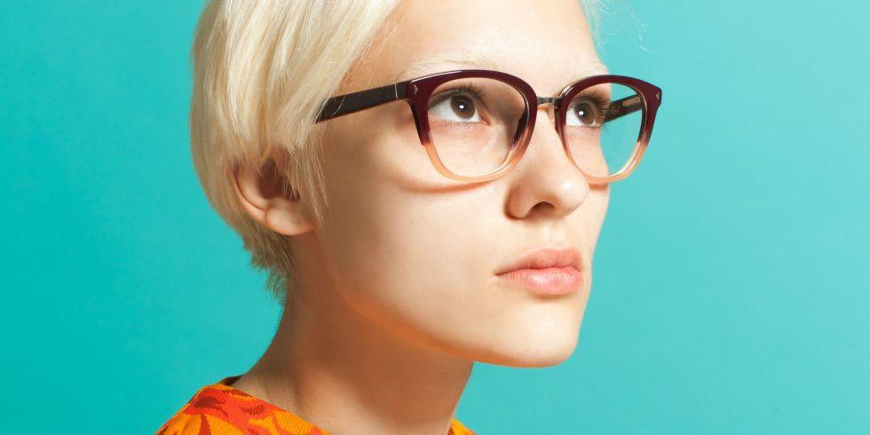 VR makes you wear glasses