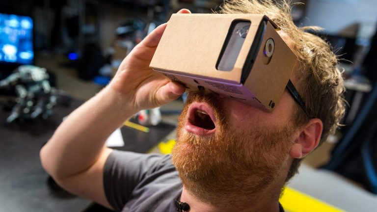 9 Must Try Google Cardboard Experiences