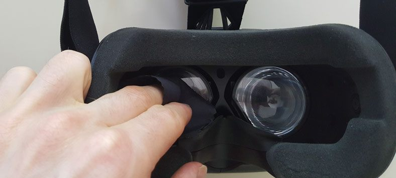 clean vr lens