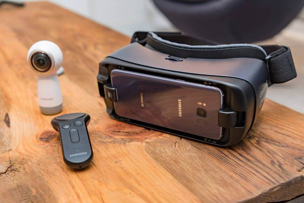 Is the Samsung Gear VR worth it 2