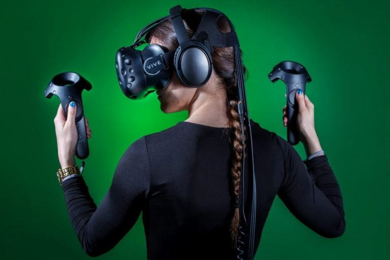 Is HTC Vive Worth Buying in 2018?