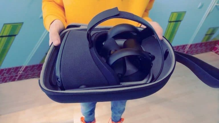 Top 7 Travel Cases For Oculus Quest in 2021